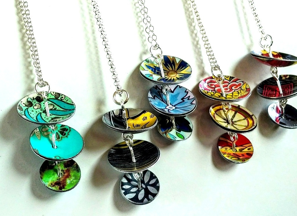 Cascade necklaces
